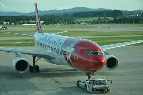 airbus-a330-edelweiss-tarmac-zurich-3.jpg