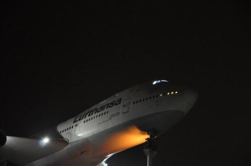 boeing-747-200-d-abym-10-1.jpg